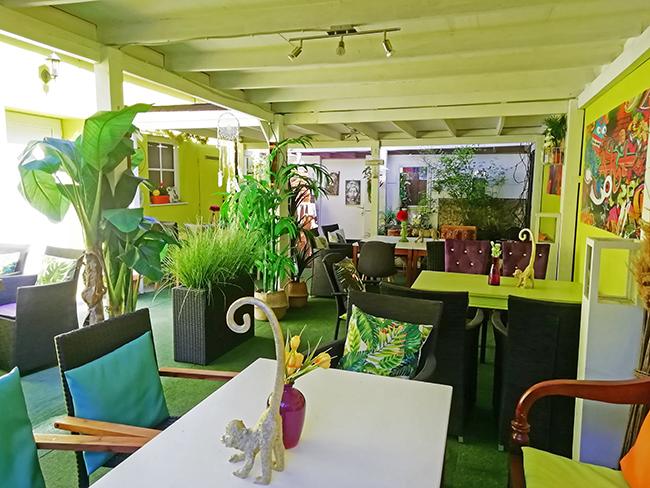 Green Garden Lounge 2 - Restaurant Bunt