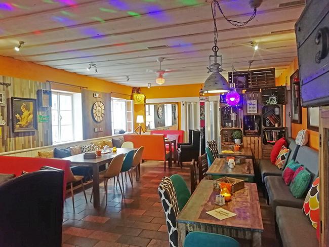Orange Lounge 13 - Restaurant Bunt Wien